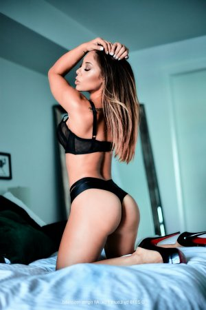 Aubertine nuru massage in Midlothian Illinois